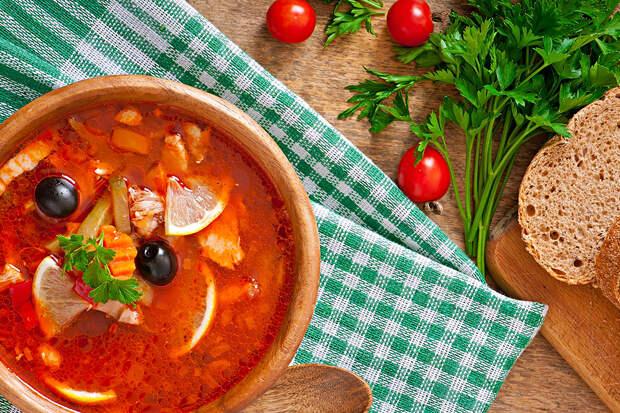 Китайский блогер оценил блюда русской кухни