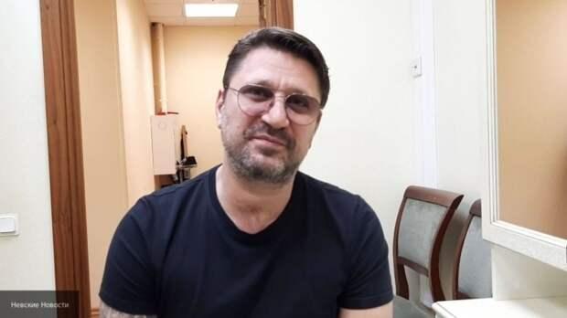 Виктор Логинов узаконил отношения с молодой избранницей
