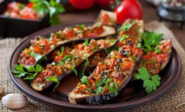 Быстрые блюда из баклажанов: 7 рецептов на любой вкус