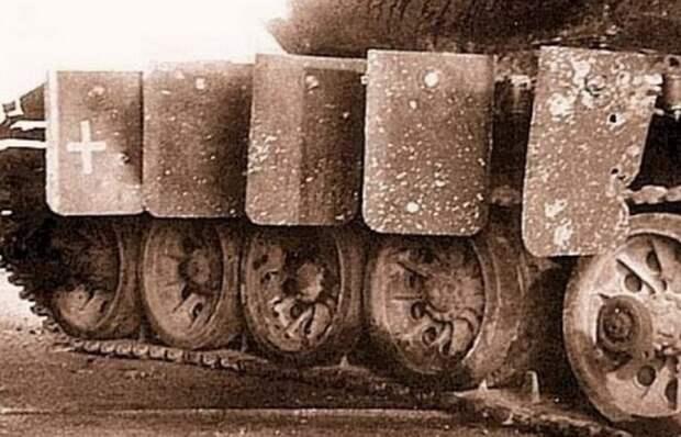 Зачем советским танкам нужны были «крылья» на бортах