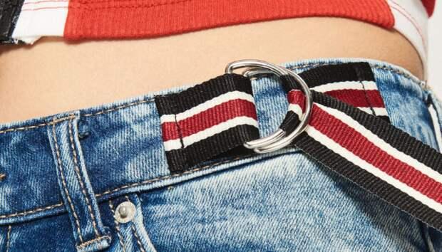 как приталить джинсы