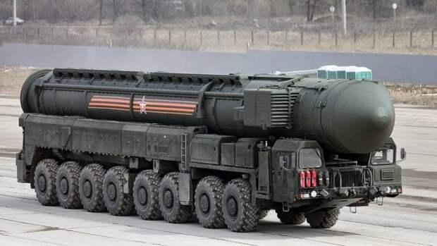 """Морские стратегические ядерные силы: взвешиваем """"за"""" и """"против"""""""