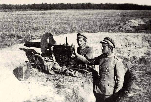 Как Тухачевский погубил свои армии на Висле