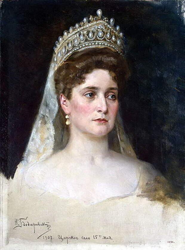 Имя до принятия православия: Алиса Виктория Елена Луиза Беатрис, принцесса Гессен-Дармштадтская
