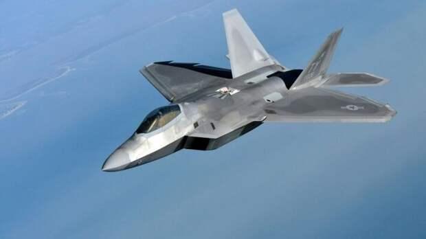 Падение F-22 Raptor: Леонков рассказал, как США потеряли дорогую и капризную игрушку