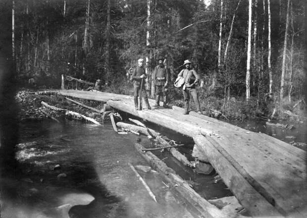 Путь на Кытлымский прииск. Фото из геологической экспедиции М.А. Павлова. 1910-е гг.