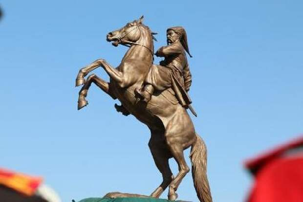 В Краснодарском крае открыли памятник «Казакам-черноморцам»