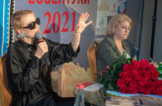 Рената Литвинова: «Нет ничего сильнее собственной одержимости»