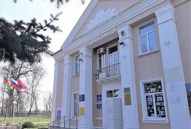 Дом культуры отремонтируют в Ленинградском районе по нацпроекту