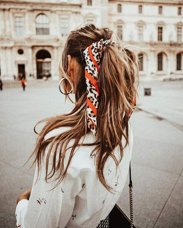 Платок в волосах (подборка)