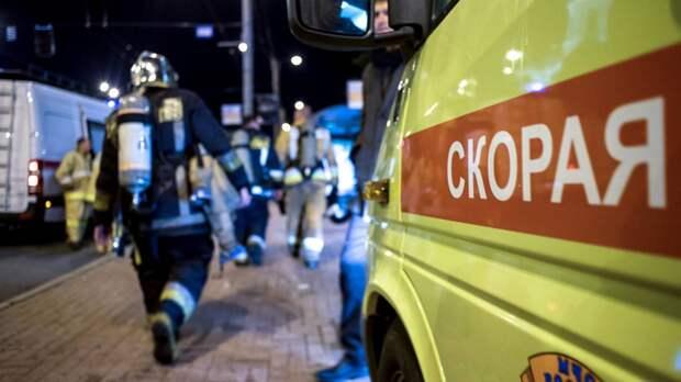 Частная пилорама и автосервис загорелись в Свердловской области