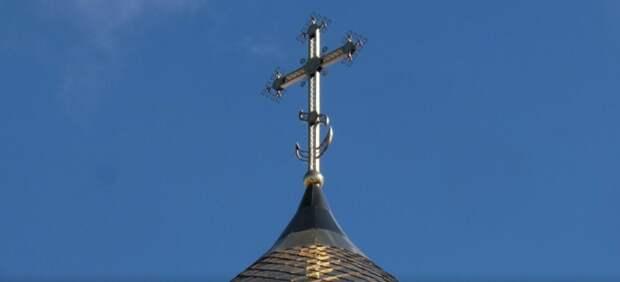 Строящийся в Анадырском проезде храм увенчают куполом с крестом