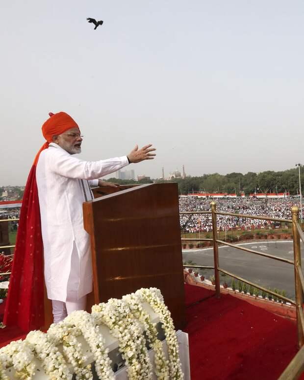 Почему Нарендра Моди построил в Индии почти 100 миллионов сортиров
