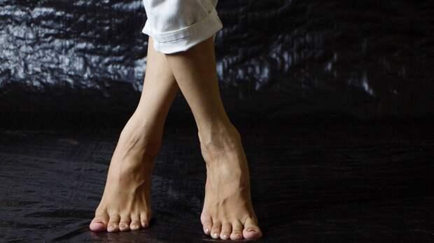 Эксперты Британского фонда сердца назвали дискомфорт в ногах признаком смертельной болезни