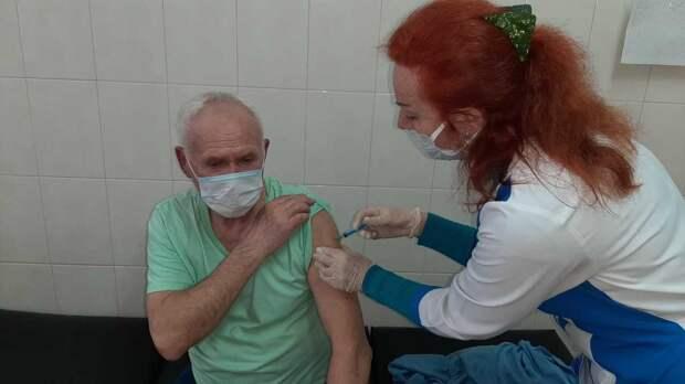 Очередь на вакцинацию в Ялте существенно сократилась