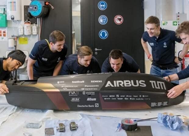 Капсула Hyperloop разогналась до 466 километров в час