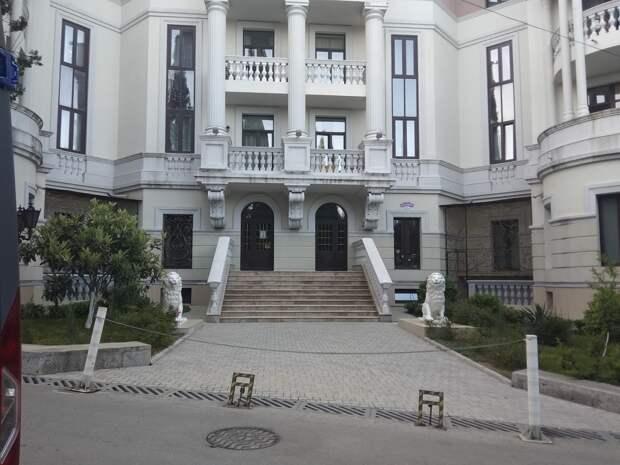 Зеленский оценил свой элитный пентхаус в Ливадии дешевле, чем квартиры в новостройках Симферополя