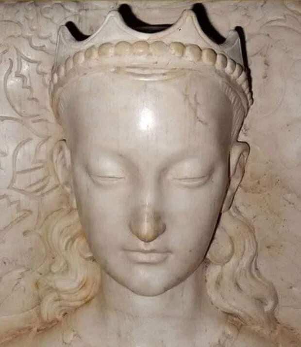 Прекрасная Агнесса: как выглядела вжизни фаворитка короля, изображенная наМеленском диптихе