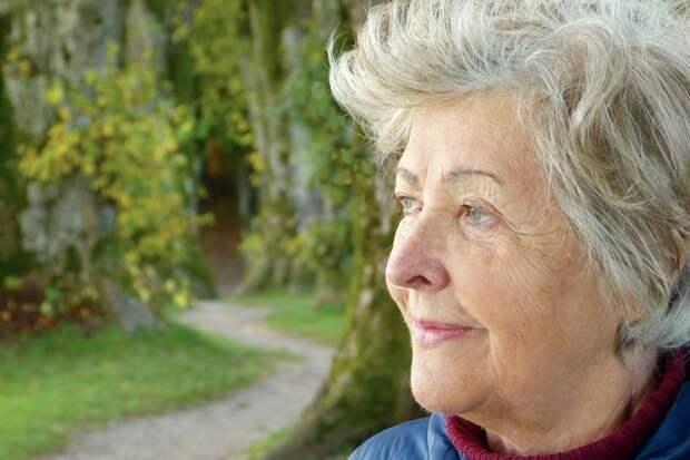 Люди, у которых кружится голова при вставании, могут иметь более высокий риск деменции