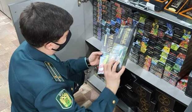 Нелегальные сигареты наводнили прилавки Ростовской области