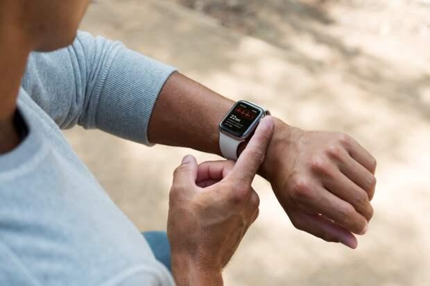 Смарт-часы помогают выявить коронавирус до появления первых симптомов