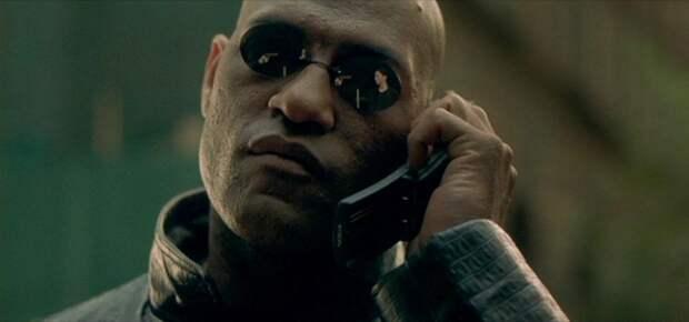 «Позвони мне, позвони!»: что будет, если набрать телефонные номера из кино и мультиков