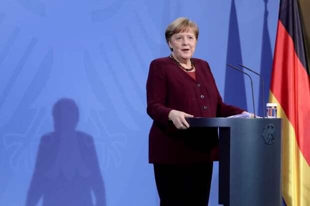 В Германии выпустили золотые монеты с портретом Ангелы Меркель
