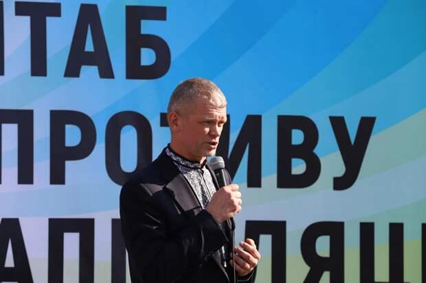 Экс-министра избили под Харьковом