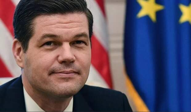 Отвечающий за отношения с РФ помощник госсекретаря США подал в отставку