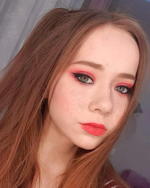 5 бьюти-образов — 5 разных настроений: как можно поменяться при помощи макияжа