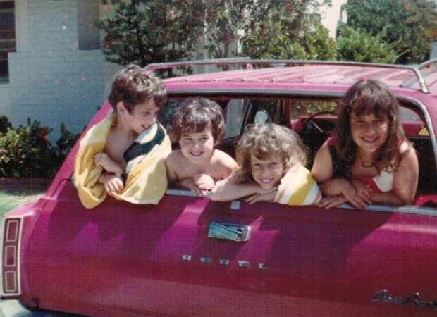Когда универсалы были лучшими семейными автомобилями авто, автомобили, багажник, вместительность, дети, олдтаймер, ретро авто, универсал