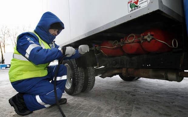 Путин предложил всем переходить на газ