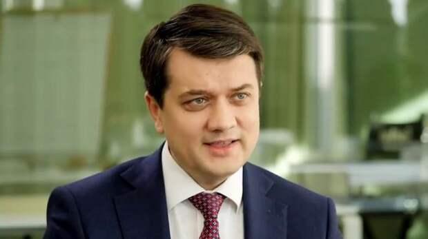 Спикер Верховной рады Разумков заявил, что он— «почти президент»