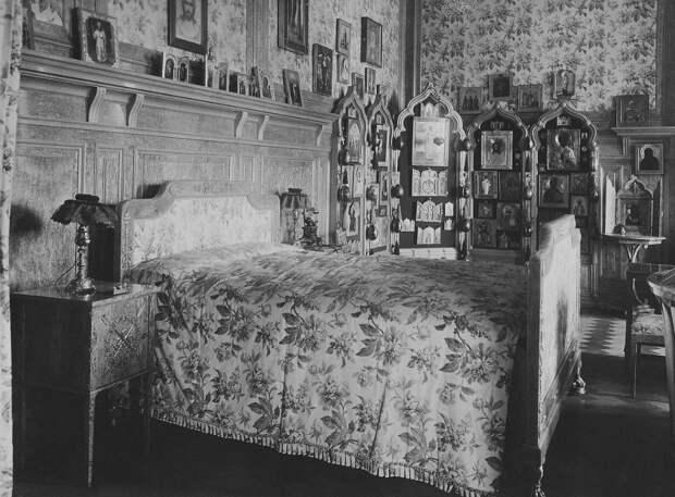 Спальня Николая 2