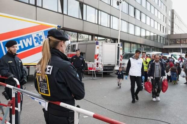 На шествии в Берлине полицию забросали бутылками