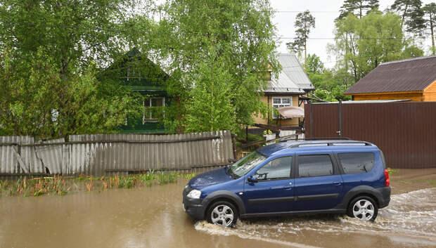 Почти 600 приусадебных участков остаются подтопленными из‑за дождей в Подмосковье