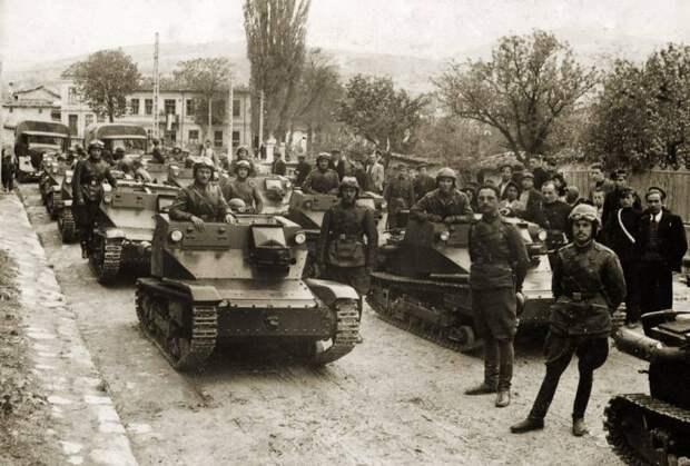 Строительство бронетанковых войск Болгарии: импорт и сотрудничество