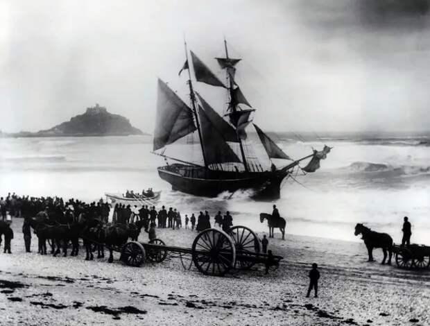 Старая морская полечка-шанти объединила весь Интернет!