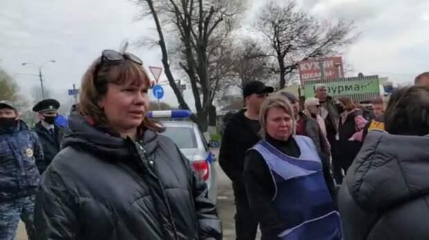 Продавцы оцепленных рынков устроили митинг вРостовской области