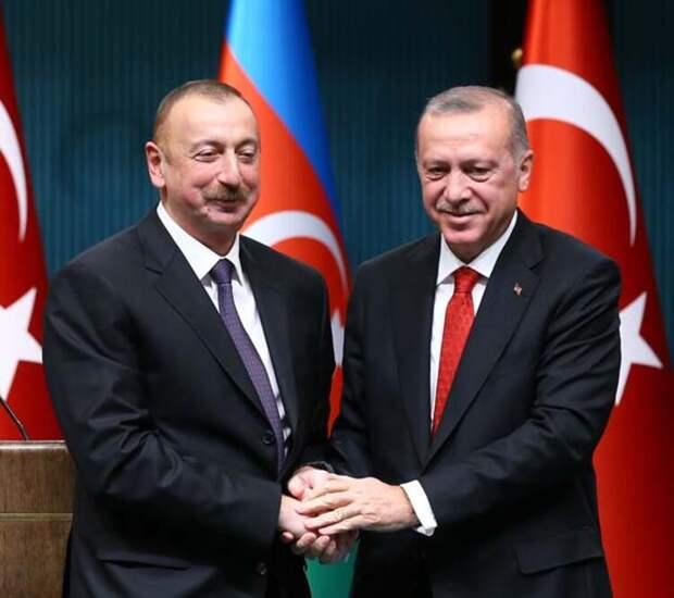 По мнению Азербайджана в их бедах виноваты русские?