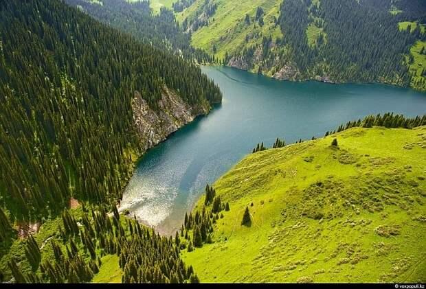 Казахстан: каким его видят птицы