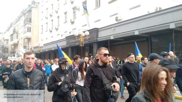 В Киеве опасаются, что действия радикалов приведут к «закрытию государства Украина»