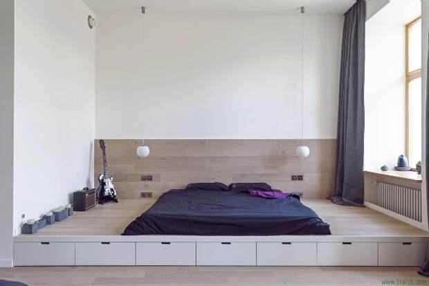 Комната с подиумом: несколько секретов по обустройству (67 фото)