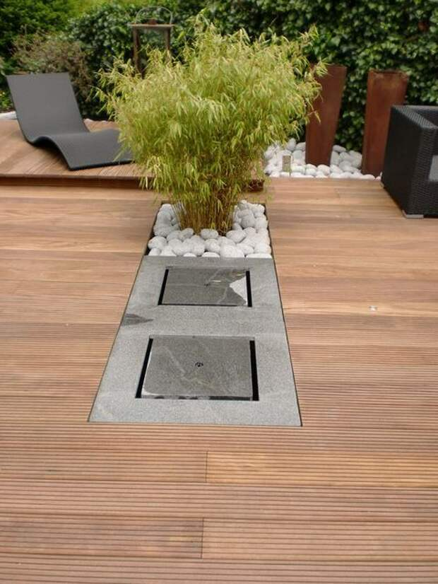 Интересные идеи сочетания дерева или террасной доски с камнем при строительстве террасы