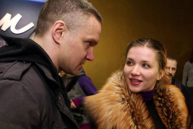 Епифанцев и Веденская устроили массовую драку в петербургском баре
