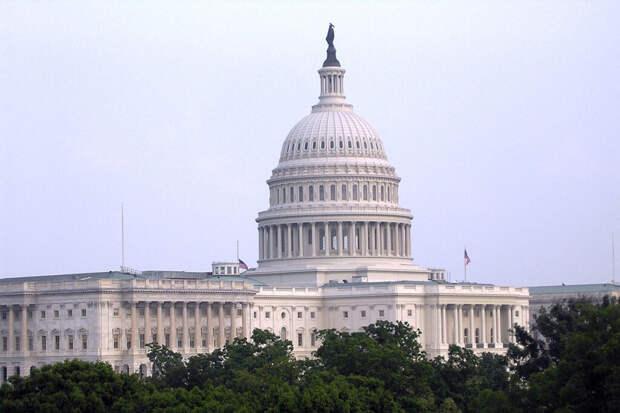 Полиция Вашингтона сообщила об угрозе взрыва у Конгресса
