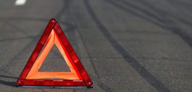 ДТП в Крыму: на пешеходном переходе Wolksvagen сбил двух девушек (ЖУТКОЕ ВИДЕО)