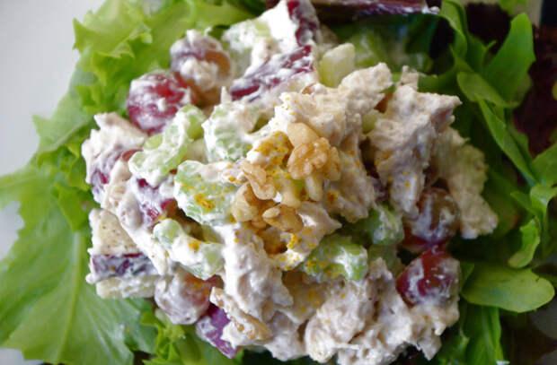 8 самых вредных продуктов в любом салате