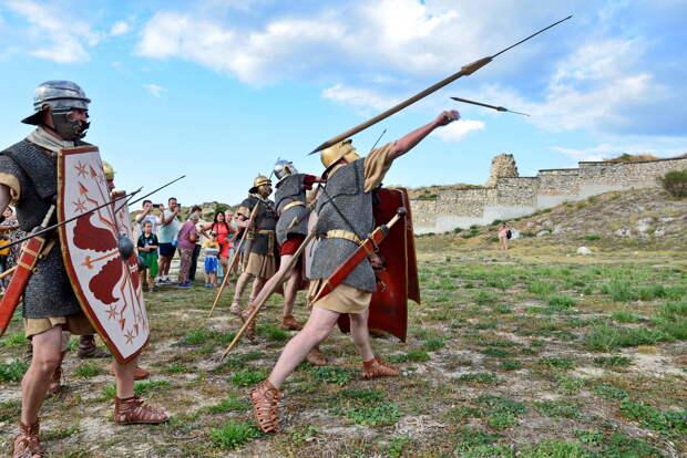 В Севастополе прошел первый день Крымского военно-исторического фестиваля