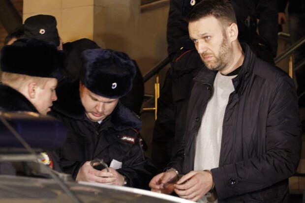 Навального перевезли во Владимирскую область